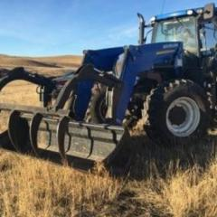 2014 New Holland T7.235