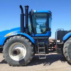 2010 New Holland T9040