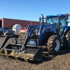 2014 New Holland T7.210
