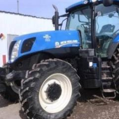 2011 New Holland T7.235