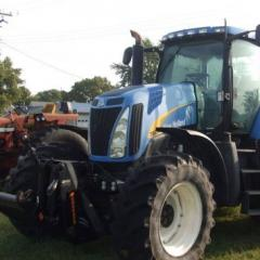 2008 New Holland T8020