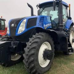 2016 New Holland T8.320